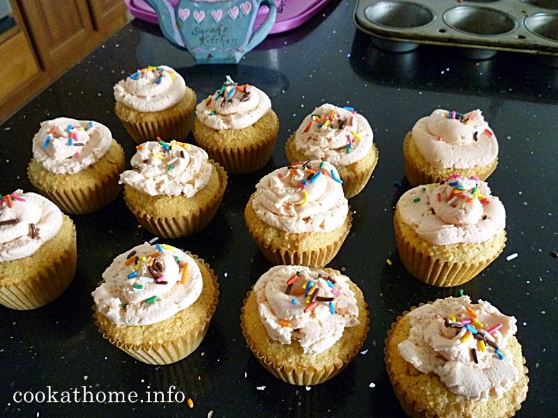 2015-08-29 Polenta cupcakes