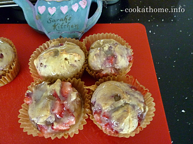 2015-09-05 Strawberry cupcakes