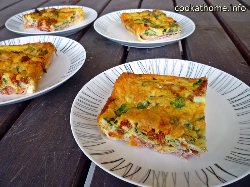 Because everything is better with bacon - give this Paleo-friendly bacon crusted quiche a go and enjoy! #quiche