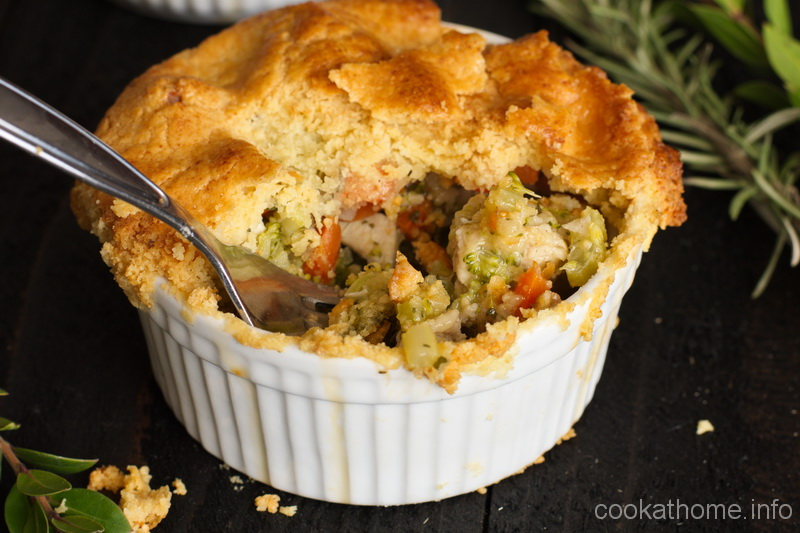 The comforting aroma and taste of a chicken pot pie - what more could you want to warm you up from from the inside out? #potpie