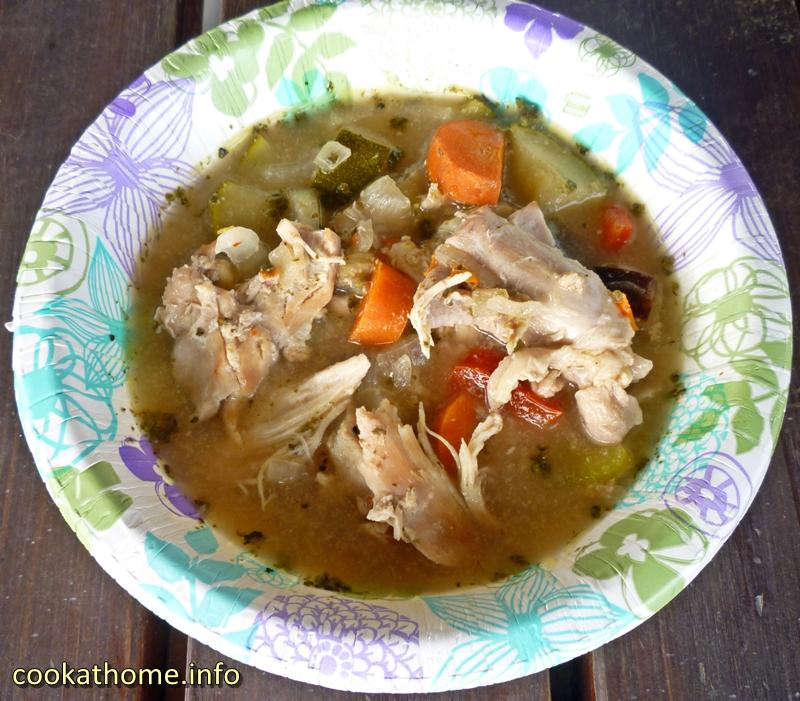 chicken-veggie-soup-800x600
