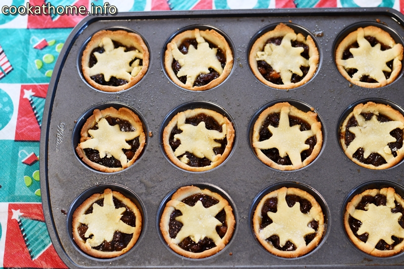 A fruity filling and a gluten-free pastry base for fruit mince pies. A little crumbly, but well worth the effort, especially at Christmas-time! #mincepies