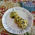 Pistachio choc chip cookies