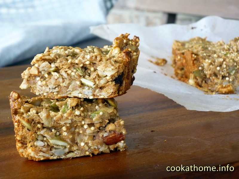 Quinoa nut seed bar (800x600)