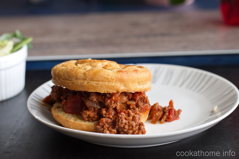 Sloppy Joes - the classic American BBQ food - with lots of flavor and a little heat, but no gluten or dairy! #sloppyjoes #cookathome #glutenfree #dairyfree