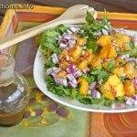 Spinach peach salad (800x600)