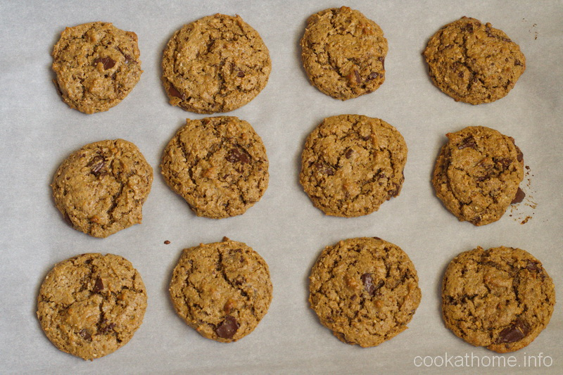 These sunbutter chocolate chip cookies are nut-free, and vegan, but you'd never know it from the awesome texture and flavor! #sunbutter #cookies #glutenfree #dairyfree #vegan #norefinedsugar #paleo