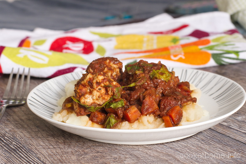 A Whole30 compliant, comforting meal of turkey meatballs in marinara sauce, full of flavor and veggies - great for any season! #turkey