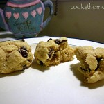Vegan almond raisin cookies